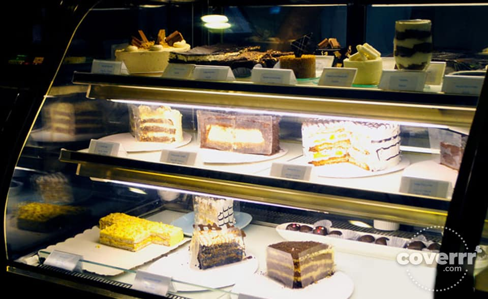 Desserts at the Fudge, Cebu by Coverrr